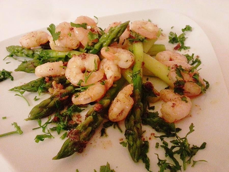 Dia dos Namorados: Salada de espargos e camarão