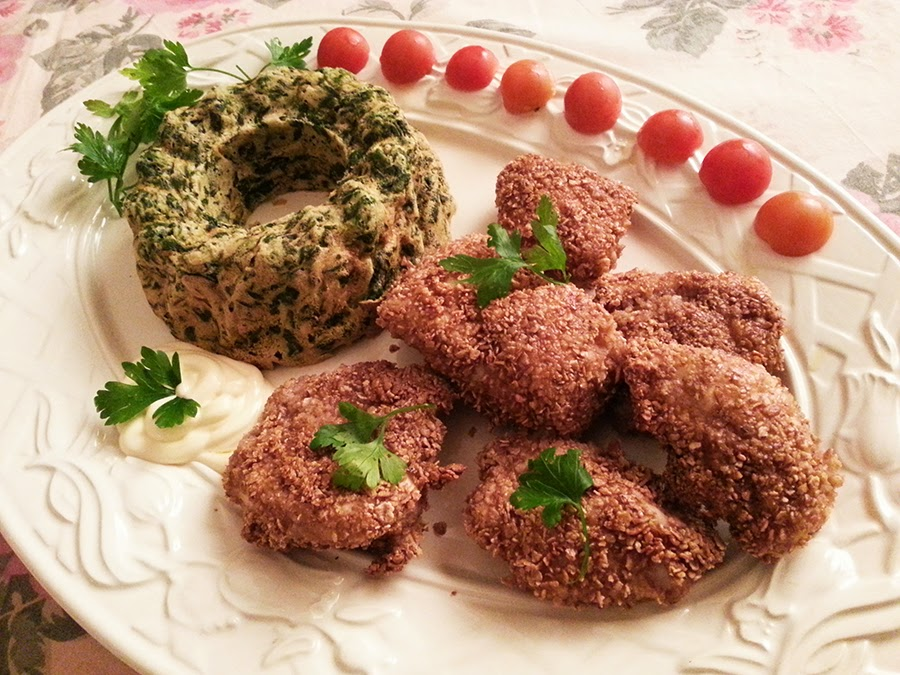 Nuggets de frango no forno com pudim de espinafres