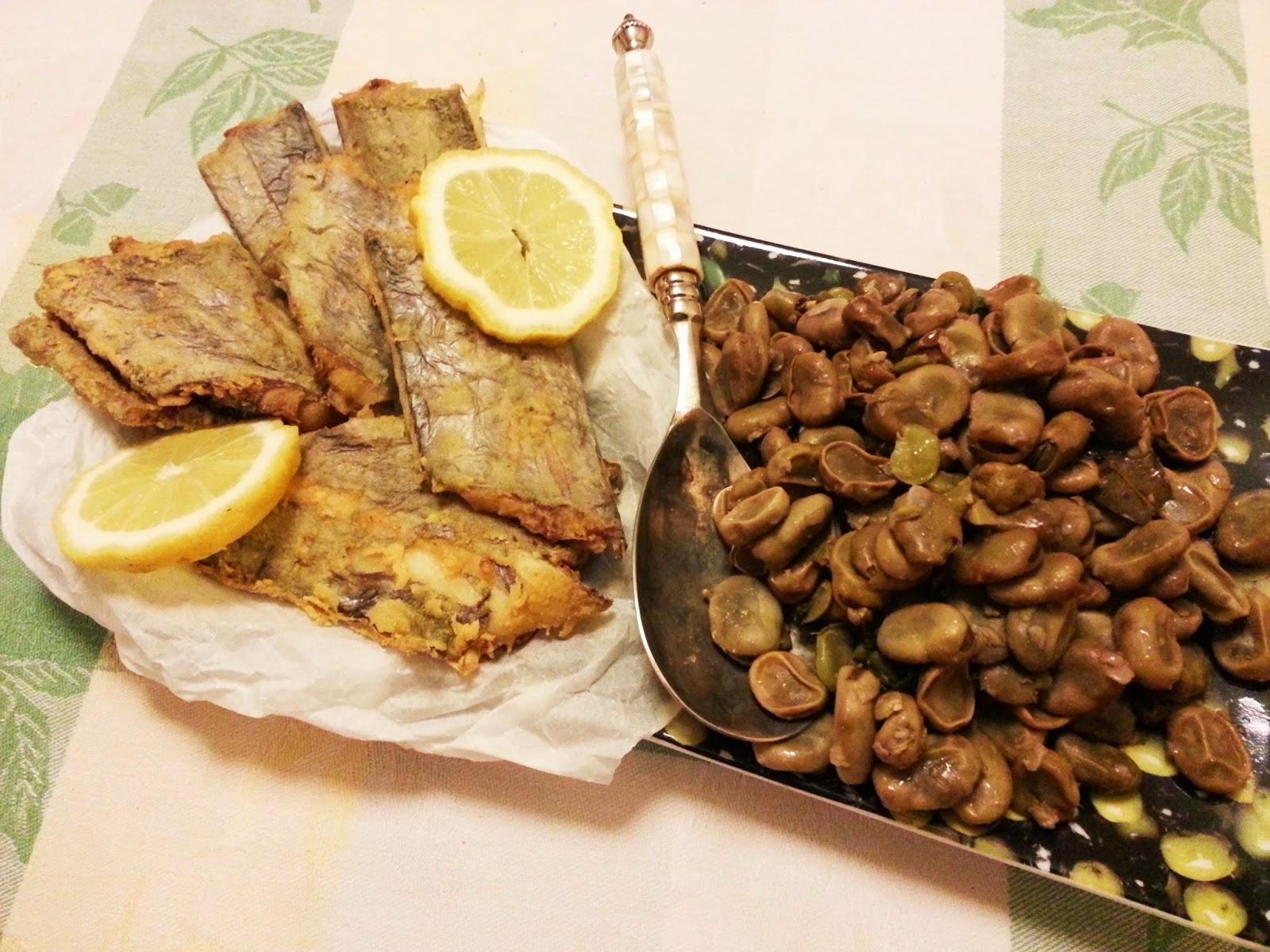 Peixe espada frito com favas