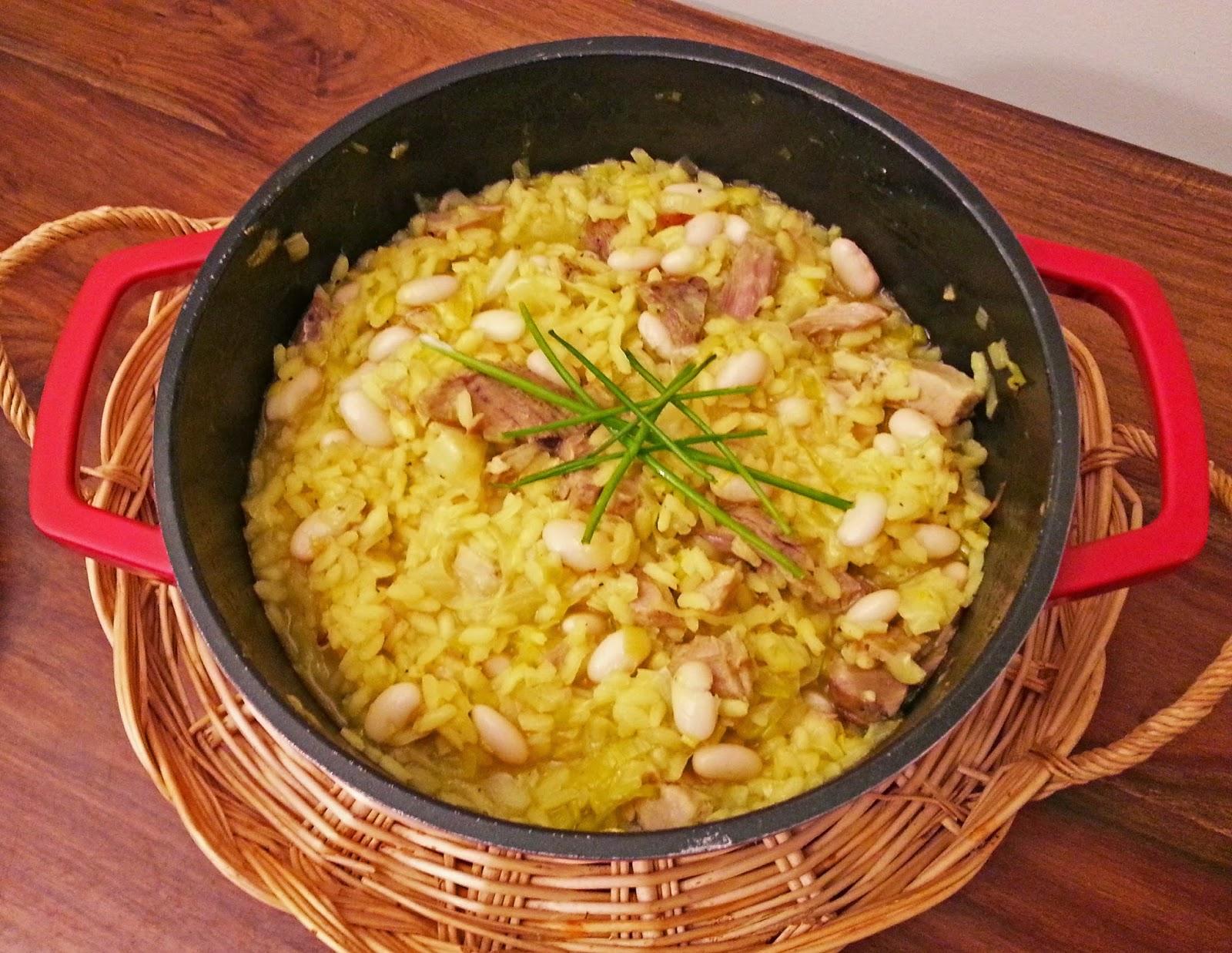 Arroz cremoso de feijão branco e barriga de porco assada