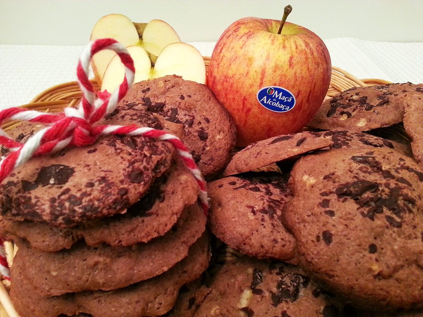 Bolachas de chocolate e maçã de Alcobaça