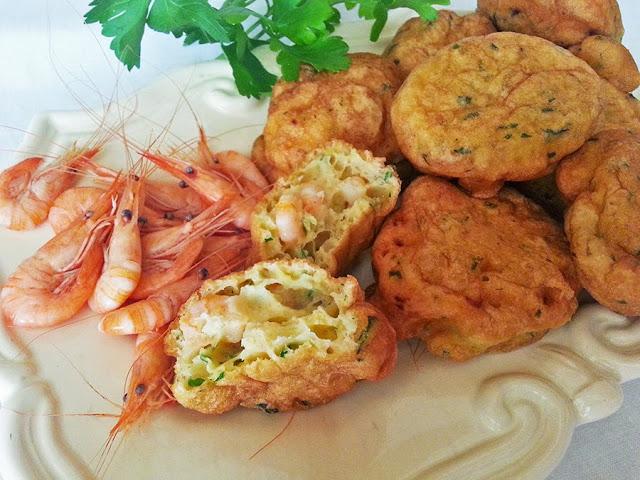 Pataniscas de camarão do rio