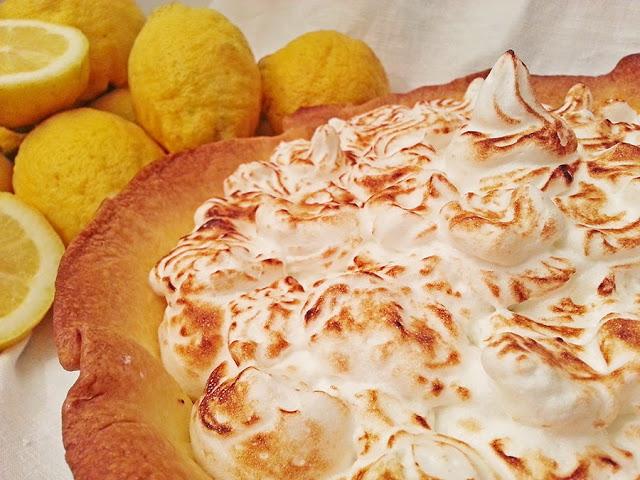 Tarte merengada de limão e coco