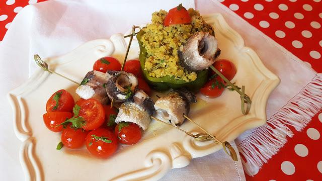 Filetes de sardinha com pimento e migas de broa