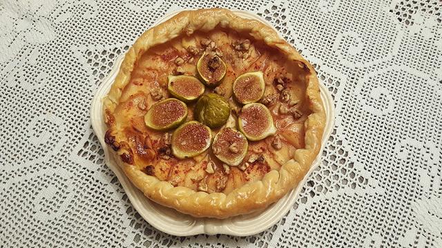 Tarte de marmelo e figos