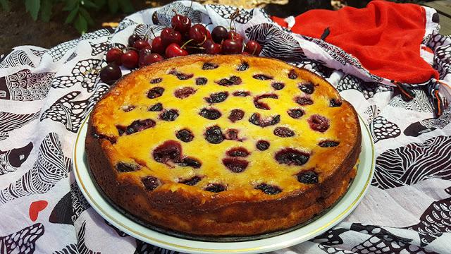 Cheesecake de ricotta e cerejas