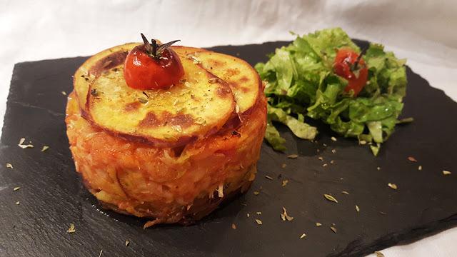 Bacalhau com farinheira e tomate