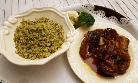 """Perna de peru com """"arroz"""" de bróculos e couve flor"""