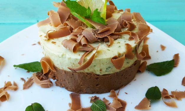 Semi frio de chocolate e abacate