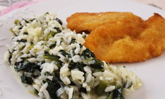 Arroz de espinafres com panados de frango