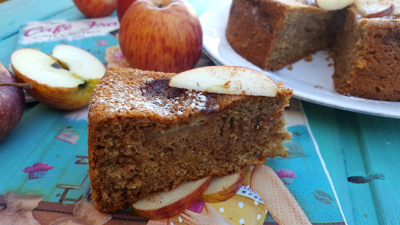 bolo integral de maçã