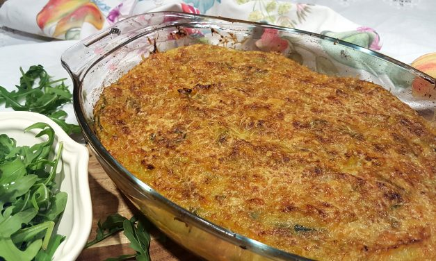 Empadão de bacalhau com puré de legumes